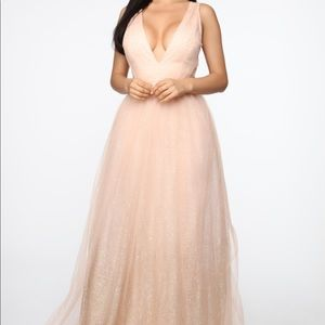 All that glitter gown blush